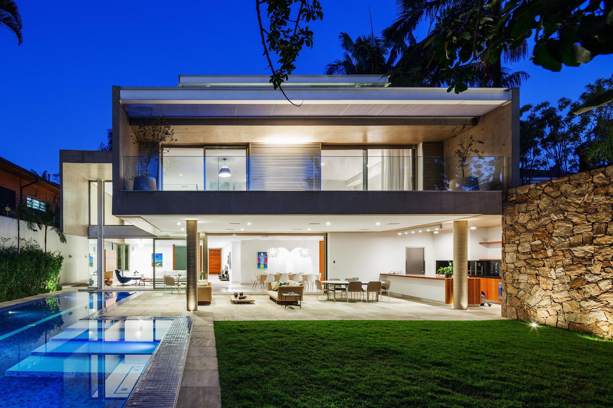 C mera de seguran a residencial 3avtec curitiba for Ville moderne design